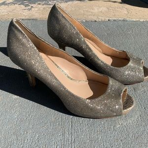 Vince Camuto Glittery Heels Size 9 M